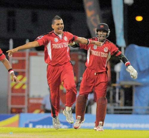 Sunil Narine: This West Indies' spinner fetched $700,000 for his services from Kolkata Knight Riders. The off-spinner whose performance for Trinidad and Tobago in the Champions League was commendable, had a base price of $50,000. Considering this, the leaps made by his name through the bidding process has left many stunned.