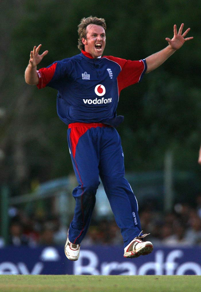 Graeme Swann: He is one of the best spinners in the world. Swann's performance against India in the series at home last year was lethal too. He however failed to get any of the teams to bid for him. He may have had a base price of $400,000 but was expected to be sold regardless. An auction-war however never took place once Swann's name was called out.