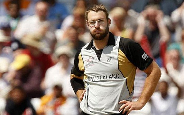 Daniel Vettori sold to Royal Challengers Bangalore for $550,000.