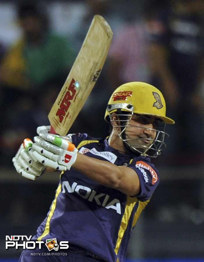 Gautam Gambhir started of in his typical fashion of quick scoring and hit 32 of just 16 balls before tragically being run-out. (AFP PHOTOS)