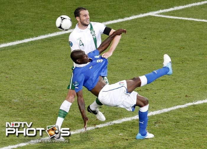 Balotelli's goal was a work of art, with the 21-year-old striker acrobatically wrapping his shot around defender John O'Shea in mid air, as he met a corner kick from Alessandro Diamanti.