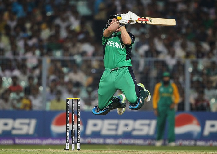 Gary Wilson of Ireland looks to play a shot during the 2011 ICC World Cup Group B match between Ireland and South Africa. (Getty Images)