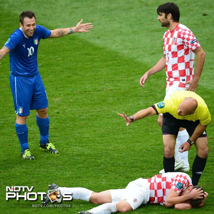 Croatia looked rather jaded in the first hour or so. They tried tactics other than those required on the pitch but to no avail. (AFP Photo)