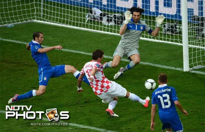 The Croatians, ranked 8th in the world as per FIFA rankings, were always in the hunt. It was heartbreak for Italy when Mario Mandzukic springed up a surprise goal for Croatia. (AFP Photo)