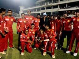 Photo : TUCC: Bangalore edge past Mumbai to enter final