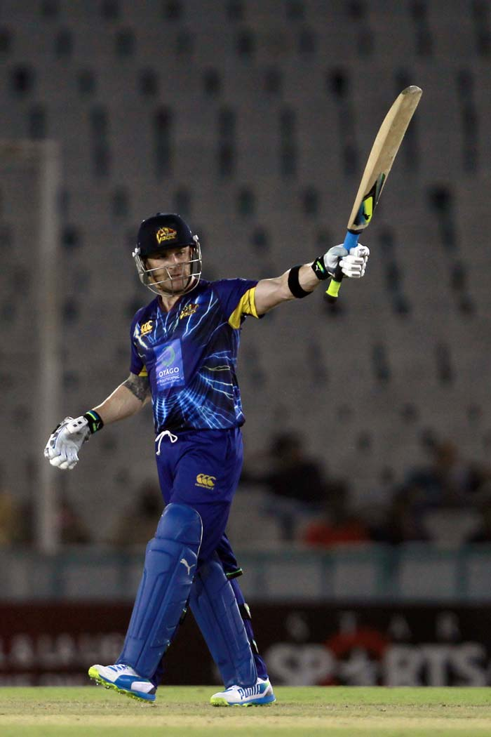 The skipper smashed 67 from 39 to seal his team's win. (All Photos Sportszpics)