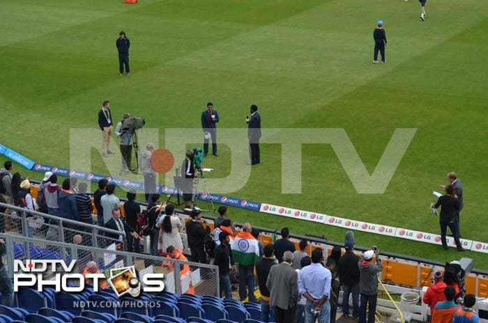 The TV broadcasting team gets ready for the tournament opener. Commentator Sanjay Manjrekar can be seen with Pommie Mbangwa as they look ahead to the clash.