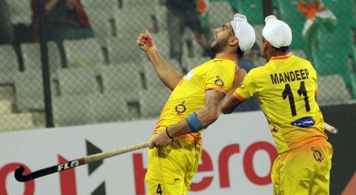 Gurjinder Singh (left) struck in the penultimate minute to give India the lead for the first time in the match. That made the scoreline 3-2 and gave India the hope of making it the quarters.