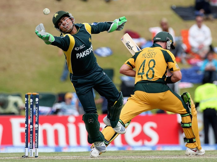 What do Kamran Akmal and Michael Jackson have in common? Both wear gloves for no apparent reason.