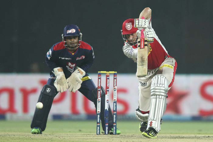 David Hussey scored a comfortable 20 off 21 balls before he got caught by Botha off Ashish Nehra's delivery.(Image BCCI)