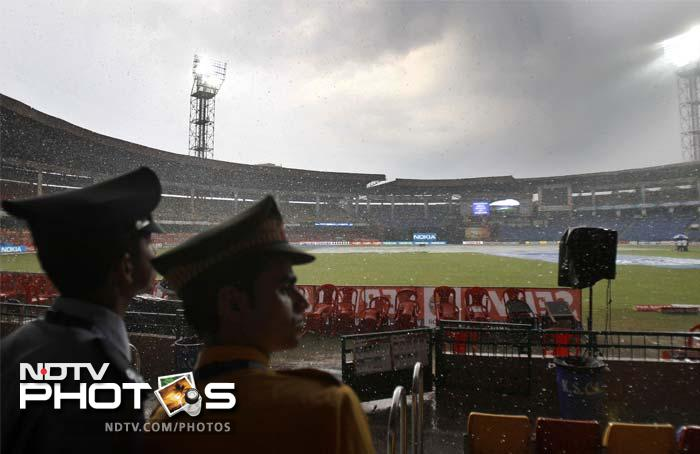 Clouds though, returned to cut the innings short but Kolkata won the match by 22 runs, thanks to some forceful shots.