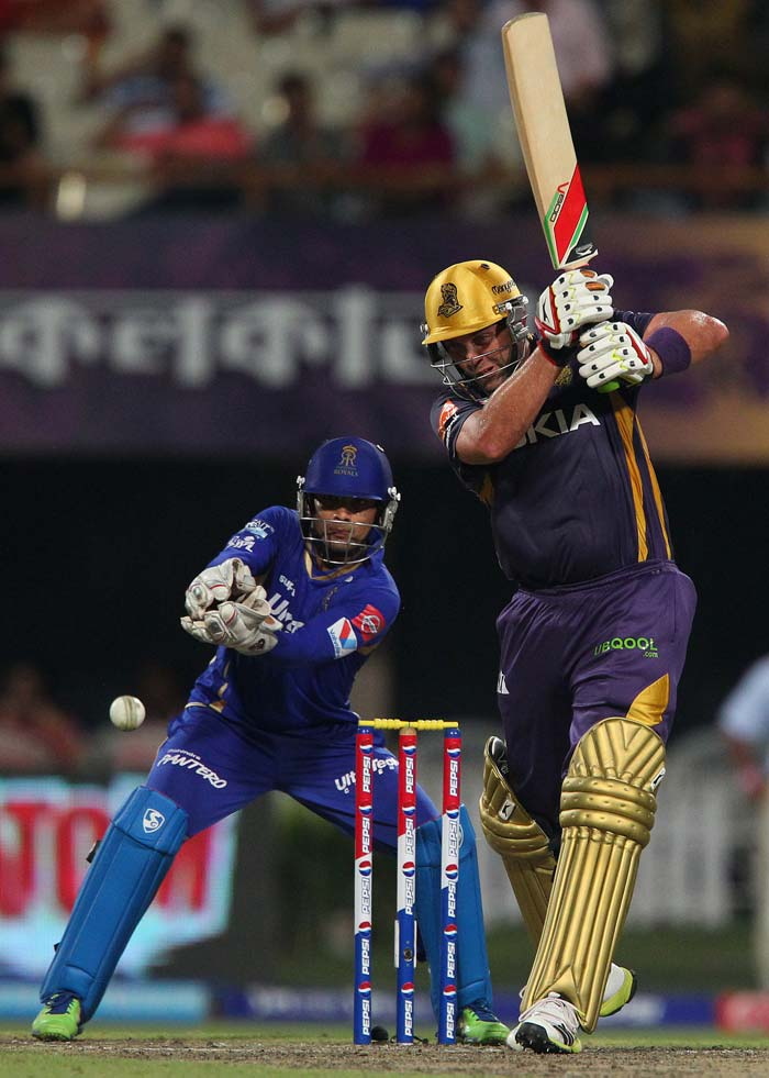 Jacques Kallis hit an unbeaten 33 from 30 to help guide Kolkata home by 8 wickets with 16 balls left to stay alive in the tournament. (Image credit BCCI)