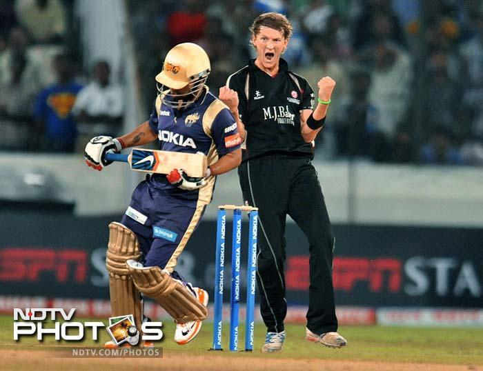Kolkata's young batsman Sreevats Goswami only managed 14 off 18 balls. (AFP Photo)