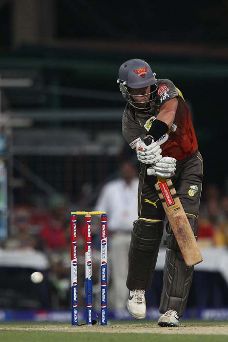 Hyderabad's chase was firm to begin with. <br><br> Cameron White opened the innings and scored 34 of 31. (BCCI image)