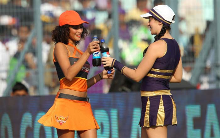 There was friendship between the two teams off the field but on it, both Kolkata and Hyderabad fought a close battle against each other. A look at how the match progressed. (BCCI image)