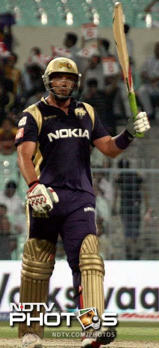 <b>Jacques Kallis:</b> The South African is an asset to any team. A all-rounder in the true sense, his skills make him an invaluable player and Kallis is hardly ever out of form for a long period. He is the fourth highest run-getter in the IPL.