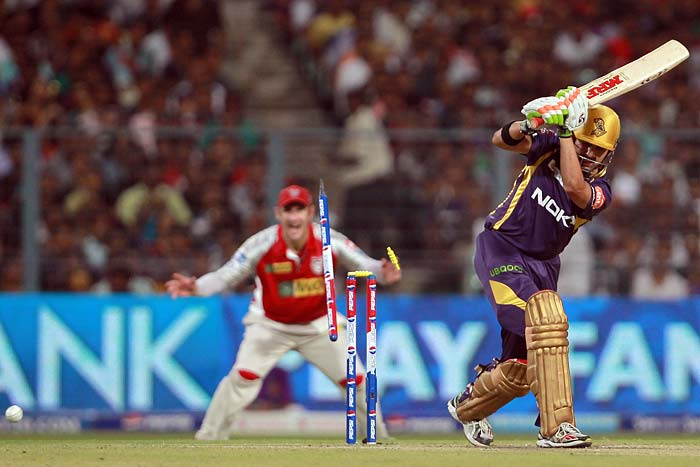 Gautam Gambhir, after hitting 2 fours in the Kolkata innings, fell to the swing of Azhar Mahmood - the ball hitting his pads and rattling his stumps, giving Kolkata an early jolt in their chase of 150-run target.