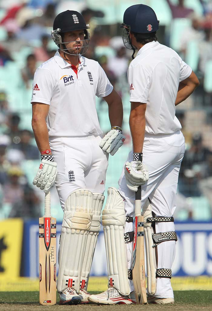 Alastair Cook scripted a fairy tale along with Nick Compton for England on Day 2 of the Kolkata Test after India, despite Dhoni's efforts, capitulated for 316 on what looked like a good wicket to bat on. (Photo credit: BCCI)