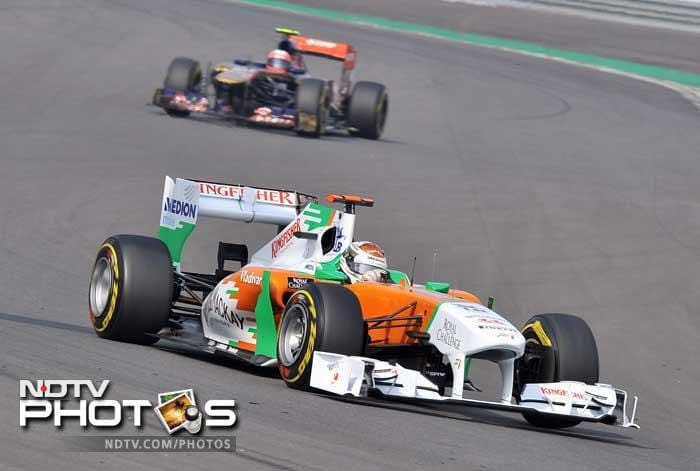 The two Force India cars driven by British rookie Paul Di Resta (9th) and German Adrian Sutil (10th) rounded off the top 10.