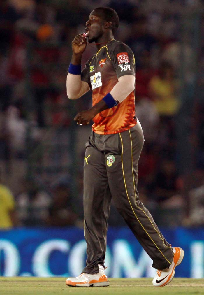 But they left it too late as Sammy led the way with 4/22 in four overs to seal a 30-run win for Hyderabad. (BCCI Image)