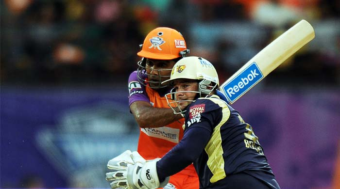 Parthiv Patel too played well but it was skipper Mahela Jayawardena who took the limelight as he anchored himself in to provide a good foundation.