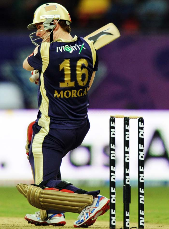Kallis (45) was partnered well by Eoin Morgan and the duo put together 69 runs for the opening wicket.