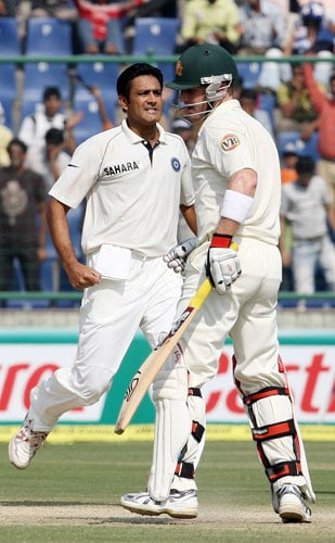 Anil Kumble celebrates the wicket of Brad Haddin during the third Test match between Indian and Australia in New Delhi.