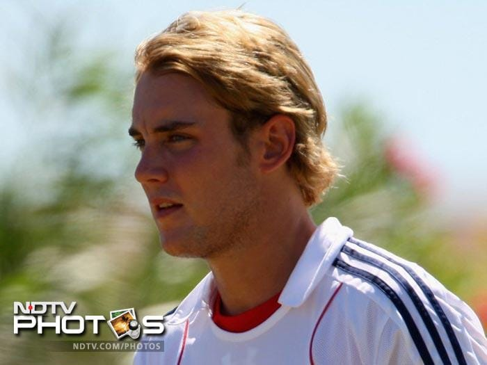 England's bowling spearhead and T20 captain Stuart Broad is a new addition for the Kings XI. Should he strike early, they can peg back the batting side early on. His capable lower-order batting will be an added bonus.