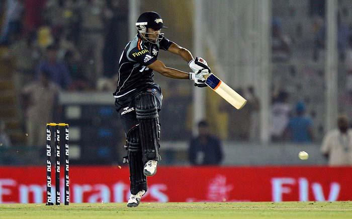 Pune Warriors batsman Manish Pandey plays a shot against Kings XI Punjab during the IPL Twenty20 cricket match at the Punjab Cricket Association Stadium in Mohali. (AP PHOTO)