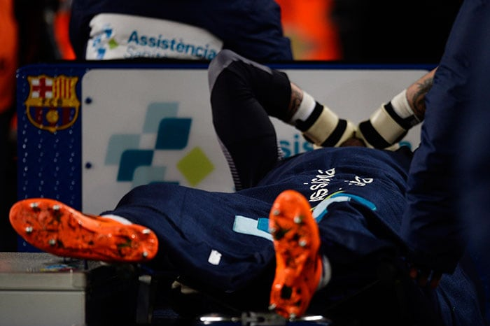 Goalkeeper Victor Valdes tore a right knee ligament in the match.