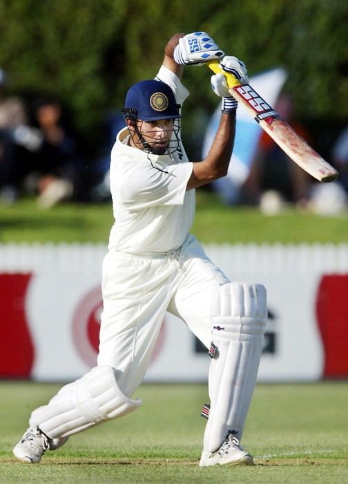 Vengipurappu Venkata Sai Laxman was born on the 1st of November 1974 in Hyderabad to Shantaram and Satyabhama who were both doctors.<br><br> Laxman studied at Little Flower High School, Hyderabad. He then enrolled as a medical student but chose cricket over a career in medicine.