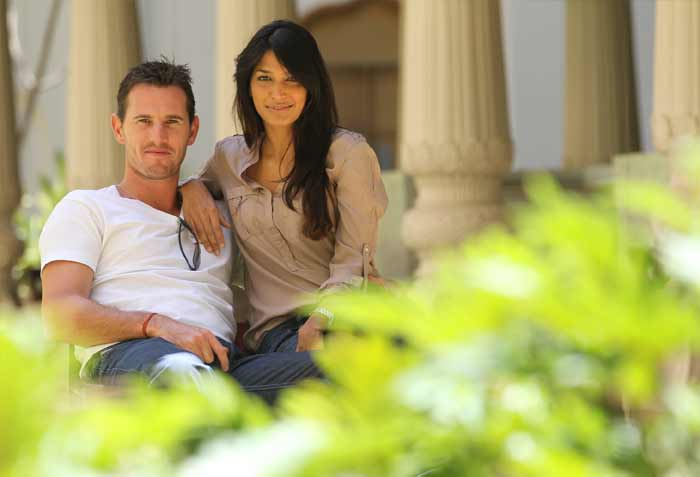 Its not all about playing games though for the Aussies. A tour to the sub-continent can connect hearts as well. Just ask Shaun Tait who is seen here with his girlfriend Mashoom Singha. (Getty Images)