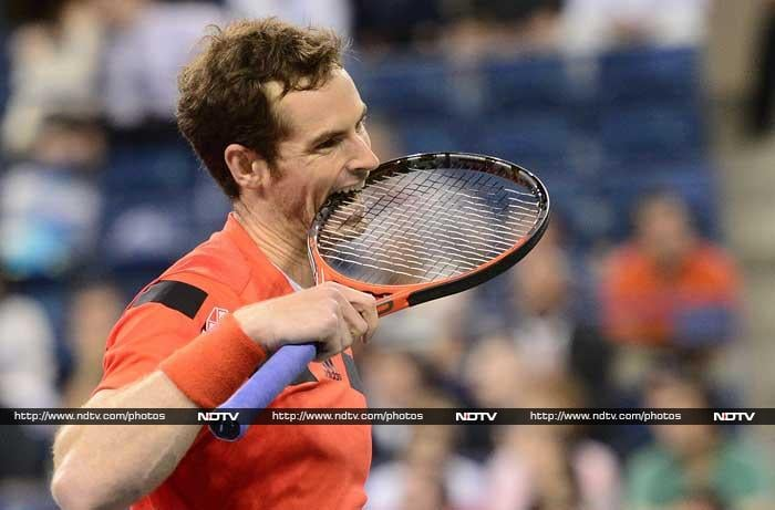 There were no worries for Andy Murray, who had time to chew on his racquet, during a 6-7 (5/7), 6-1, 6-4, 6-4 win over Uzbekistan's Denis Istomin.
