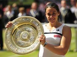 Wimbledon 2013: How Bartoli beat teary-eyed Lisicki to lift first major
