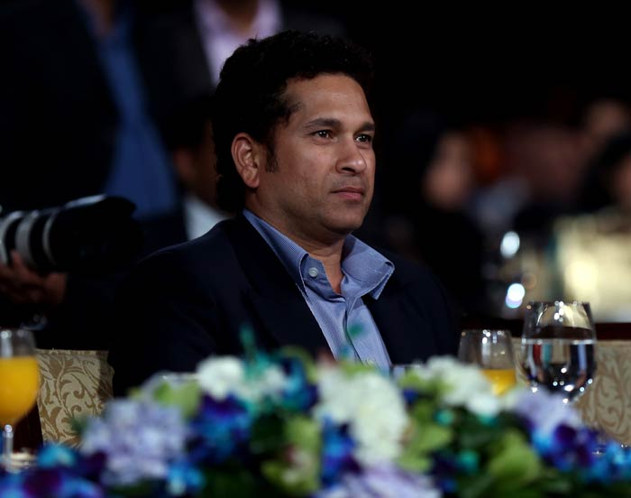 Despite the presence of top cricketers and Bollywood actors, all eyes were on Tendulkar.<br><br>The legendary batsman featured for defending champions Mumbai Indians till last year and is now an icon for the team. (Image courtesy BCCI)