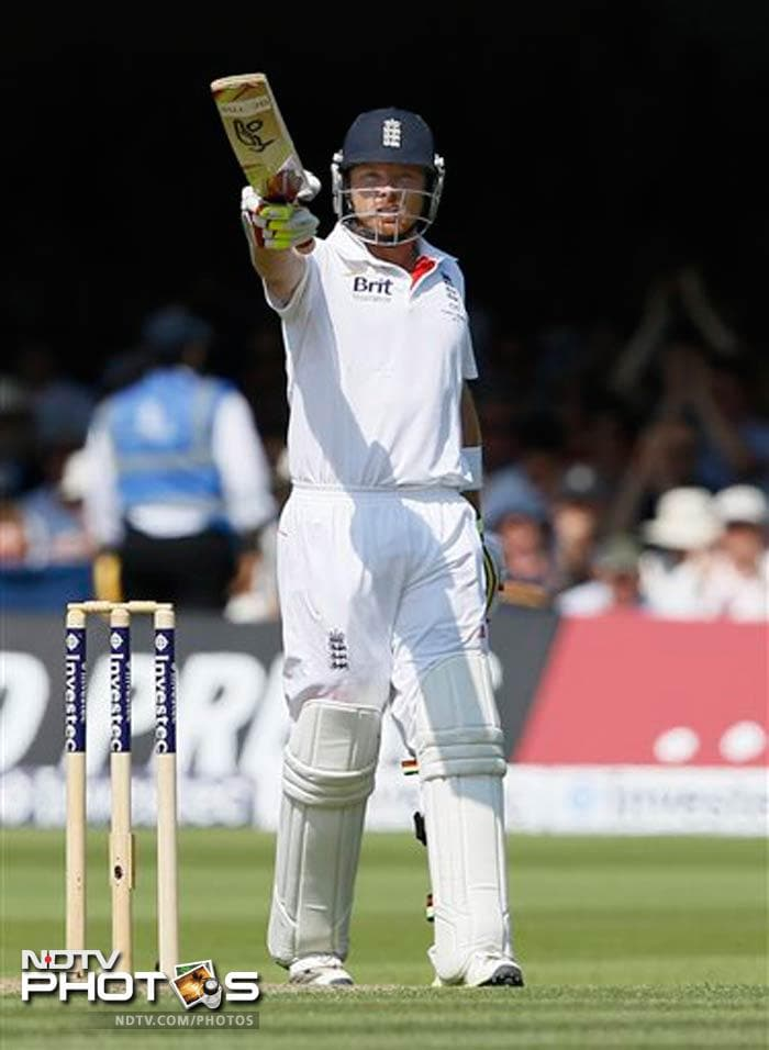 Ian Bell notched up his 19th century in Tests and second in this series. He also became the fourth England player to score centuries in three consecutive Ashes Tests after Chris Broad, Wally Hammond and Jack Hobbs.