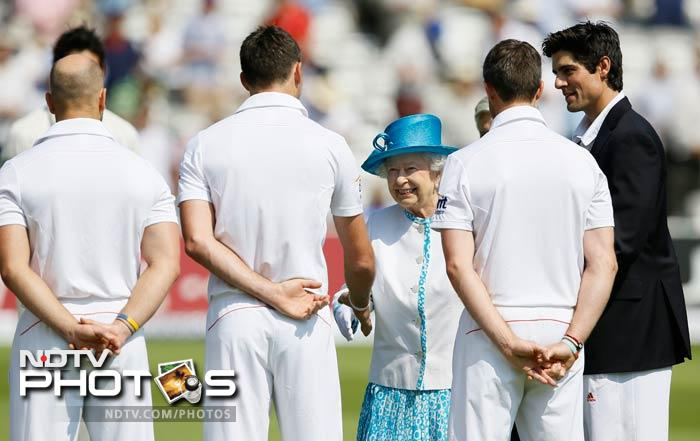 Queen Elizabeth II visited Lord's on Thursday to watch the start of the second Ashes Test between England and Australia.
