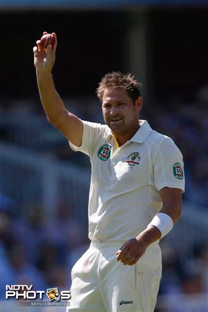Ryan Harris (5/72) has produced his third instance of five wickets or more in an innings - the first two were 6 for 47 vs England at Perth in 2010-11 and five for 62 vs Sri Lanka at Galle in 2011. (All AP and AFP images)