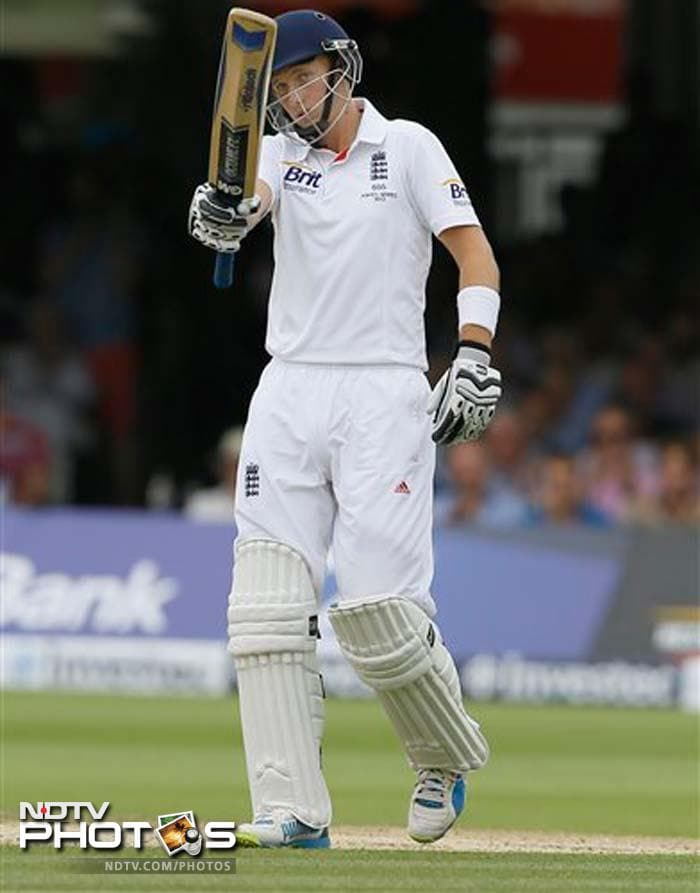 Root was not fazed by watching England collapse to 30 for three on Friday as Peter Siddle's treble strike gave Australia a glimmer of hope.