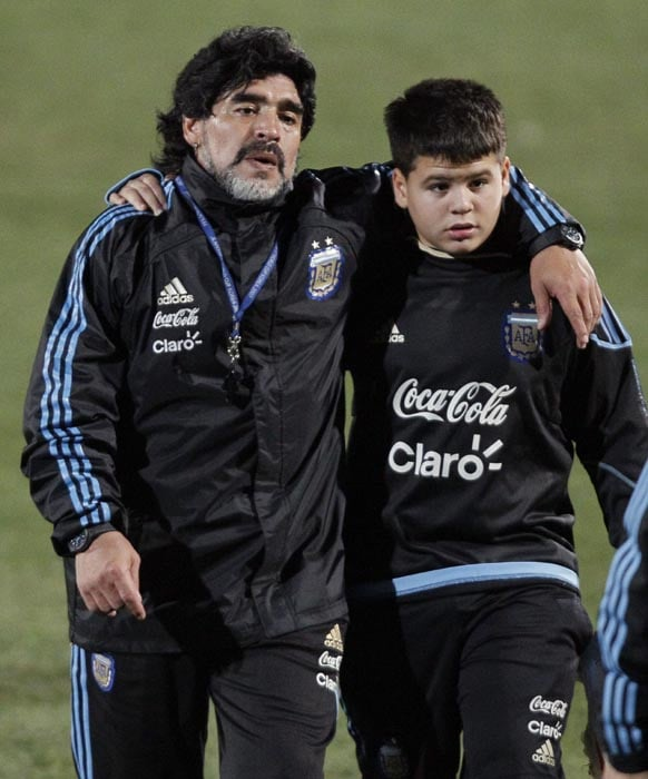 Maradona's family has been a great pillar of strength on several occasions and the man was seen in the company of his kin even during the World Cup.<br><br> He is seen here with his nephew Thiago after a practice in Pretoria ahead of the quarter-final clash with Germany.