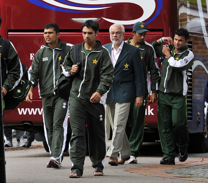 Pakistan players have seen themselves involved in match-fixing incidents on more than one occasion. Latest episode being the allegations of spot-fixing in the fourth Test against England at the Lord's. But they are not alone in the league. Here is brief look at the past incidents of fixing.