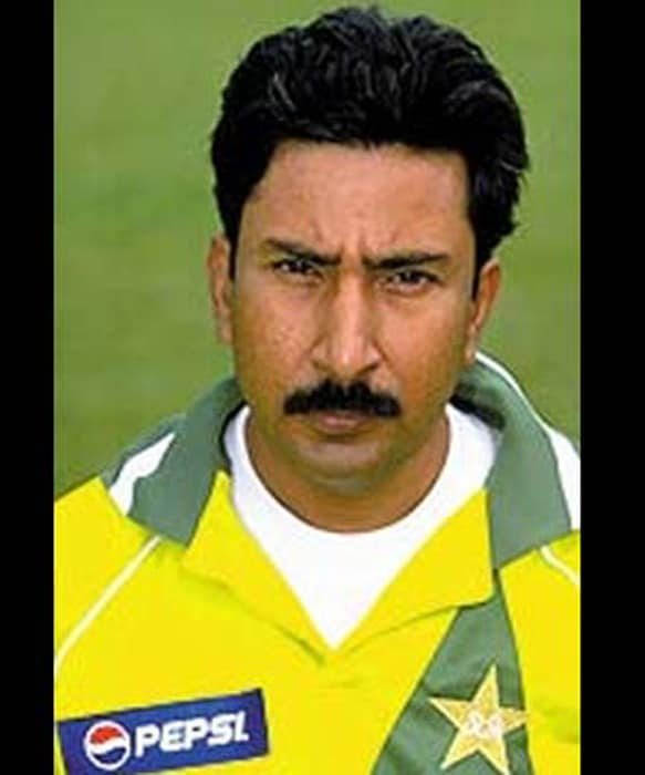 On October 23, 2008: A Pakistan court lifts the life ban imposed on Malik for his involvement in match-fixing.