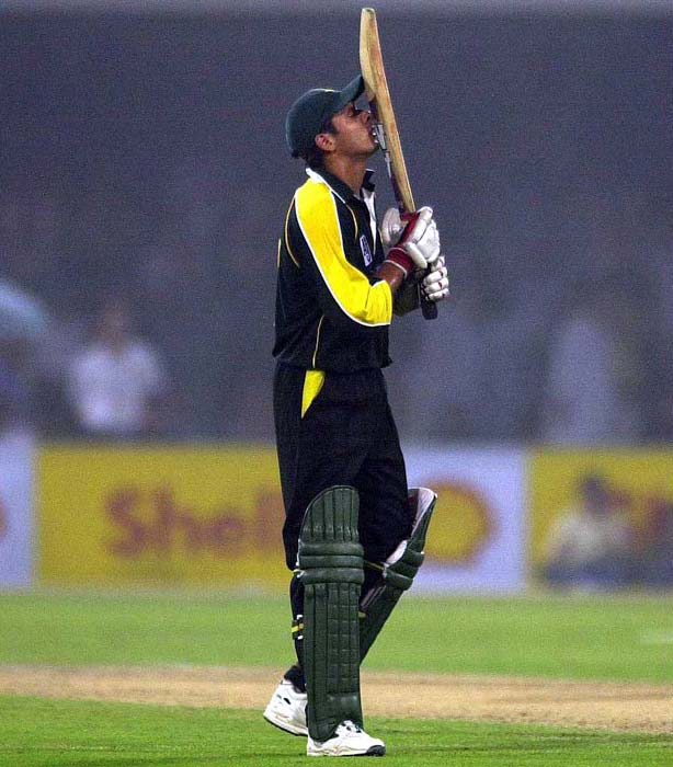 Shahid Afridi (1996): The Boom Boom man avenged the embarrassment for the Singapore debacle by hitting the Lankans for 11 sixes in Nairobi and finish on with 102 runs. (Getty Images)