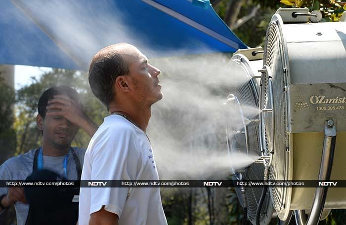 The spray fans aim to re-hydrate the body.