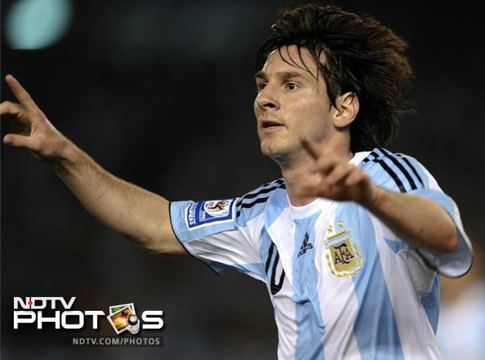 16,000 news about Lionel Messi were indexed by Google by June, 2011.