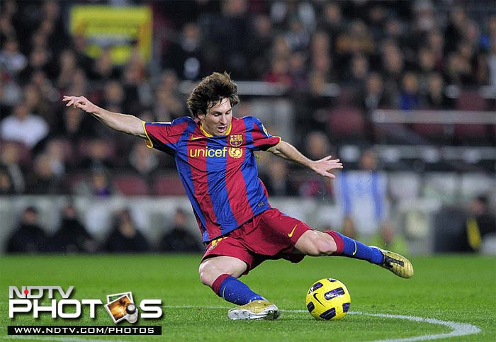 2006-07: The breakthrough season for the Argentine as he establishes himself as a regular first team player at Barcelona, scoring 17 times in 36 matches in all competitions. He, however, is forced out of action again, this time for 3 months, as he suffers a broken metatarsal in the game against Real Zaragoza in November 2006. He returns to action against Racing Santander in February 2007 and a month later scores a hat-trick in El Clásico against Real Madrid to help a 10-man Barcelona to a 3–3 draw.