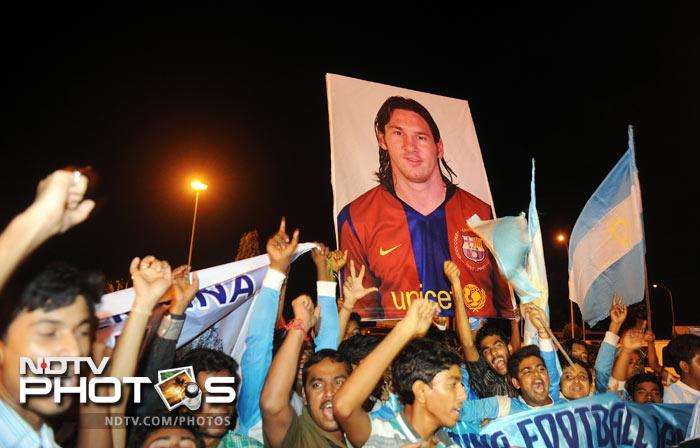 Over two thousand delirious football lovers gave sleep a miss as they danced, cried and shouted slogans eulogising football magician Lionel Messi, who arrived in Kolkata early on Wednesday amid stringent security for the first ever FIFA official international friendly in the Indian sub-continent featuring Argentina and Venezuela.