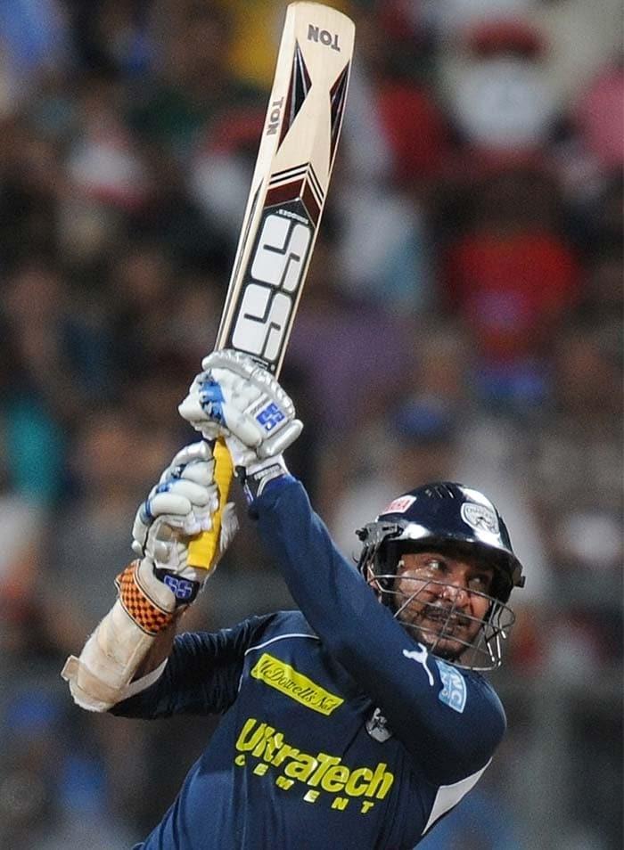 Deccan Chargers captain Kumar Sangakkara plays a shot during the IPL Twenty20 cricket match against Mumbai Indians at the Wankhede Cricket stadium in Mumbai. (AFP PHOTO)