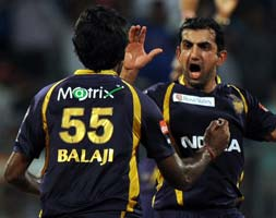 Photo : IPL 5: Kolkata thrash Mumbai to close in playoffs