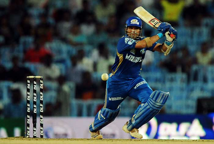 Mumbai Indians captain Sachin Tendulkar top-scored with the bat again, making 40 off 24 balls, but he found little support from his team-mates as Royal Challengers Bangalore picked up regular wickets at Chennai.
